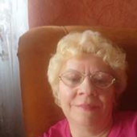 Anna, 67 éves társkereső nő - Mohács