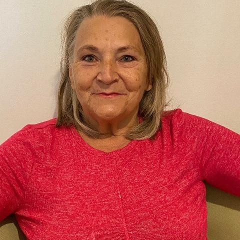 Irén, 70 éves társkereső nő - Diósjenő