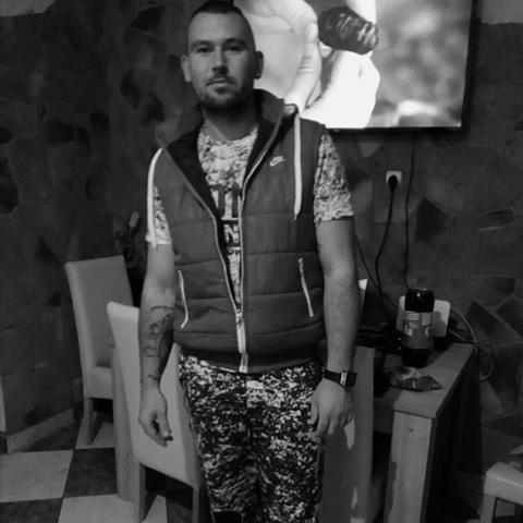 Ádám, 31 éves társkereső férfi - Bölcske