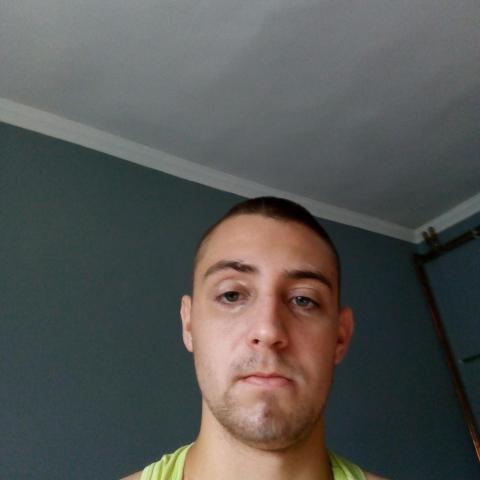 Krisztián, 23 éves társkereső férfi - Mezőcsát