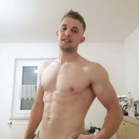 Adam, 31 éves társkereső férfi - Miskolc