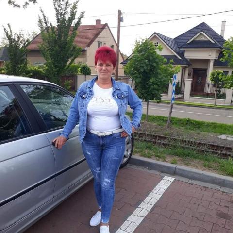 Évi, 48 éves társkereső nő - Debrecen