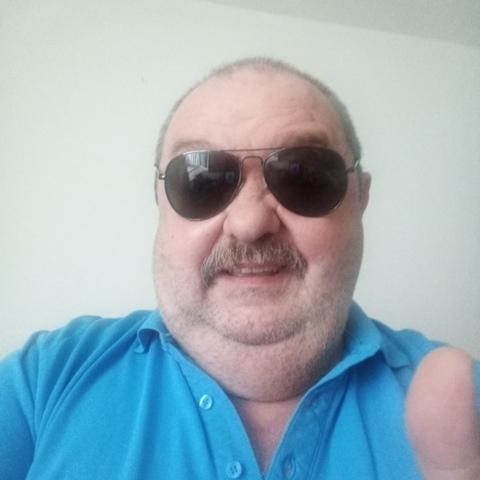 Stefan, 67 éves társkereső férfi -