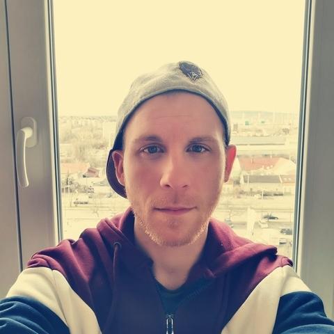 Bence, 30 éves társkereső férfi - Szigetszentmiklós