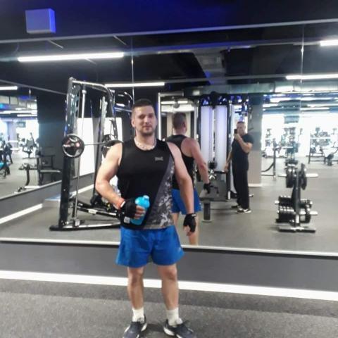 Ákos, 38 éves társkereső férfi - Sajószentpéter