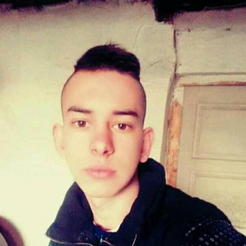 Geri Tundike, 19 éves társkereső férfi - Tiszalök