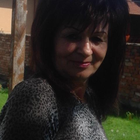 Éva, 61 éves társkereső nő - Miskolc