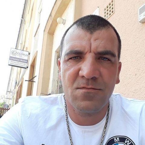 Lacko, 44 éves társkereső férfi - Kazincbarcika