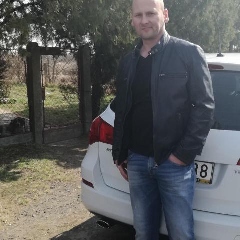 József, 43 éves társkereső férfi - Simontornya