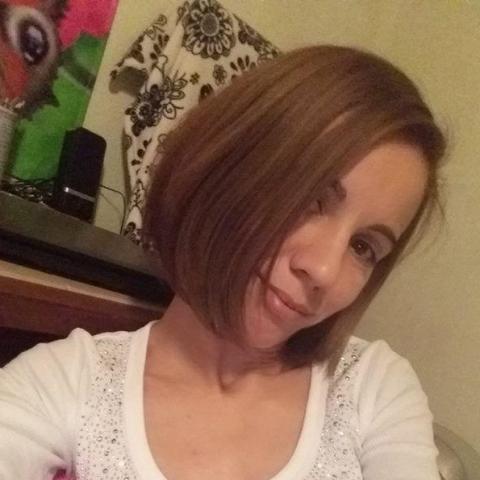 Enikő, 36 éves társkereső nő - Miskolc