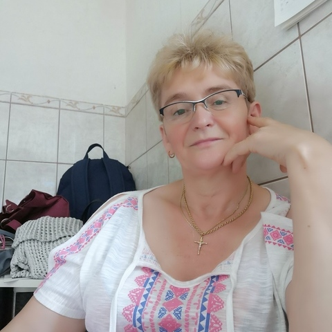 rea, 54 éves társkereső nő - Székesfehérvár