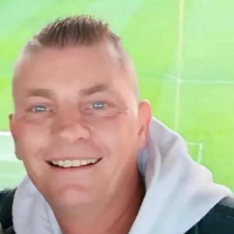 Krisztián, 44 éves társkereső férfi - Miskolc