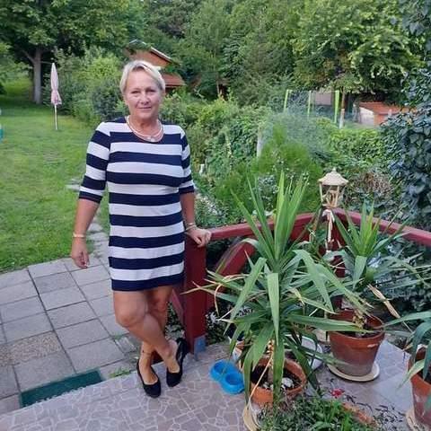 Máris, 62 éves társkereső nő - Gödöllő