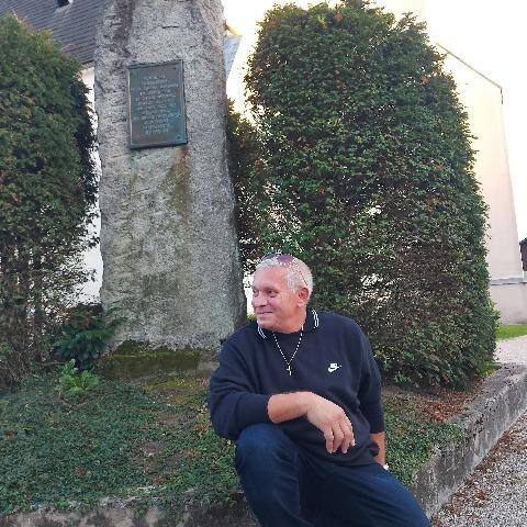 Tibor , 55 éves társkereső férfi - Nagymaros