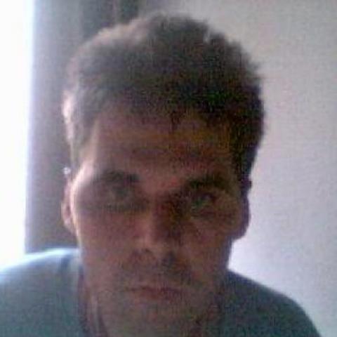 Áron, 52 éves társkereső férfi - Szekszárd
