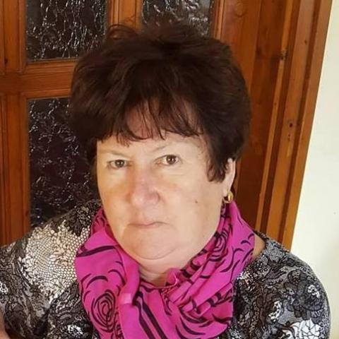 Ilona, 68 éves társkereső nő - Szeged