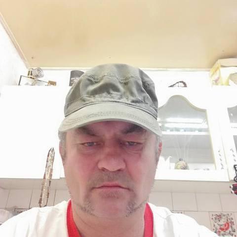 Misi Levente, 50 éves társkereső férfi - Eger