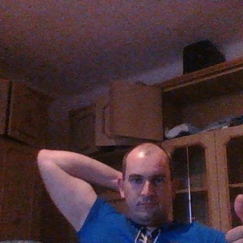 Péter, 37 éves társkereső férfi - Decs