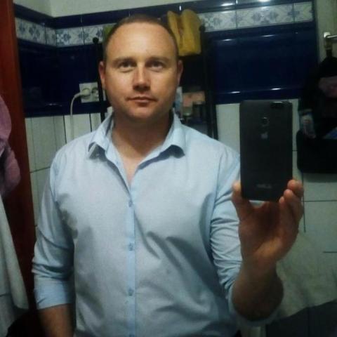 Tibor, 39 éves társkereső férfi - Szeged
