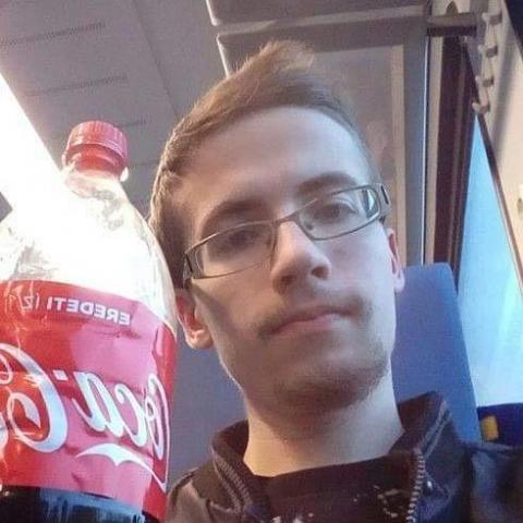 Tamás, 23 éves társkereső férfi - őrbottyán