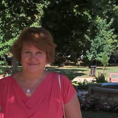 Ilona, 67 éves társkereső nő - Paks