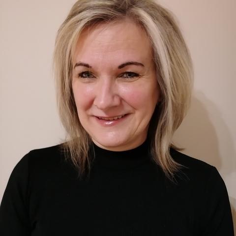 Eleonóra , 50 éves társkereső nő - Miskolc
