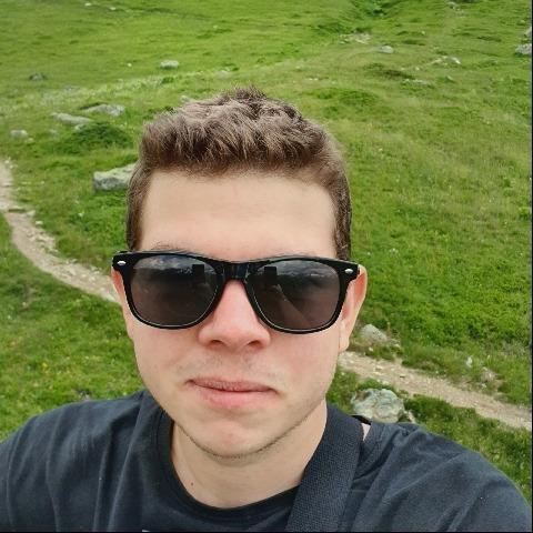 Bence, 25 éves társkereső férfi - Miskolc