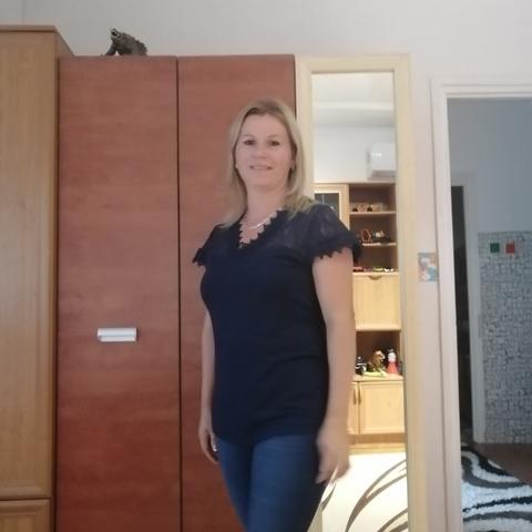 Krisztina, 40 éves társkereső nő - Dunaújváros