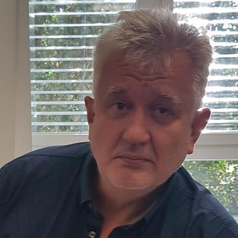 Gábor, 51 éves társkereső férfi - Budapest