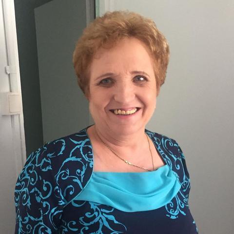 Anna, 65 éves társkereső nő - Göd