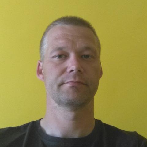 Péter, 36 éves társkereső férfi - Uppony