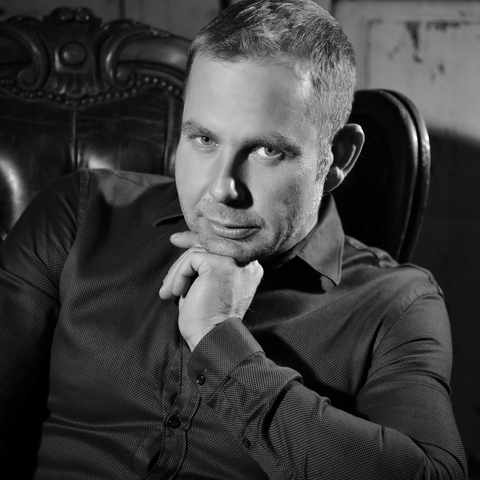 Viktor, 43 éves társkereső férfi - Harta