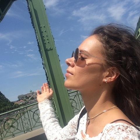 Dóra, 32 éves társkereső nő - Budapest