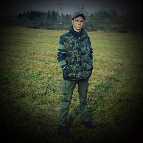 Ferenc, 19 éves társkereső férfi - Zalaegerszeg
