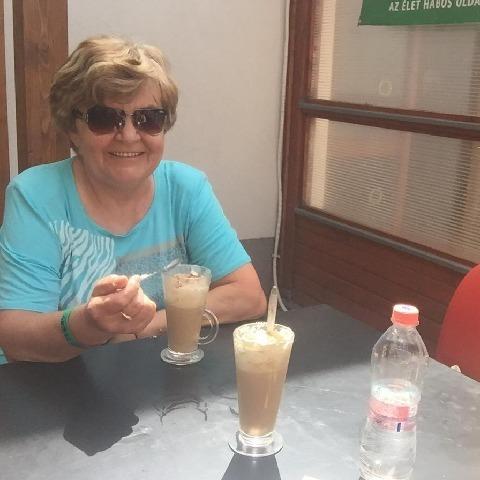 Erzsike, 65 éves társkereső nő - Mezőkövesd