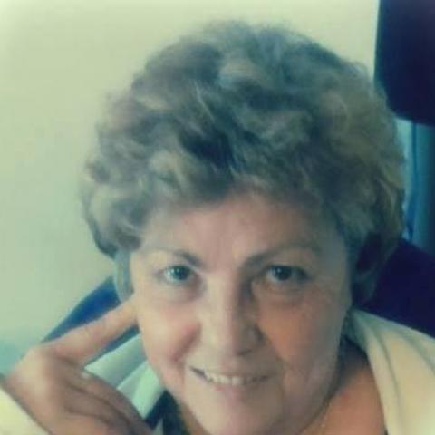 Éva, 68 éves társkereső nő - Balatonszárszó