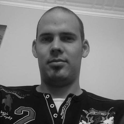 Balázs, 28 éves társkereső férfi - Várpalota