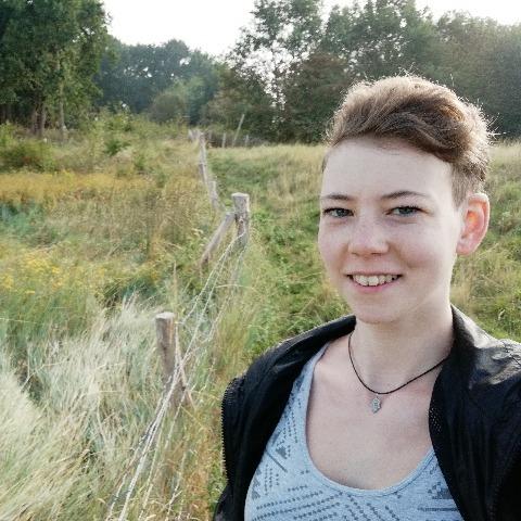 Zsanett, 24 éves társkereső nő - Dunaharaszti