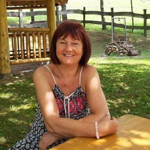 Kata, 64 éves társkereső nő - Szeged