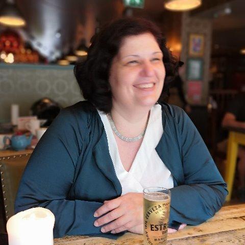 Rea, 46 éves társkereső nő -