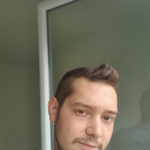 Dávid, 30 éves társkereső férfi - Szigetszentmiklós