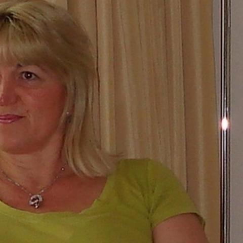 Éva, 56 éves társkereső nő - Pécs