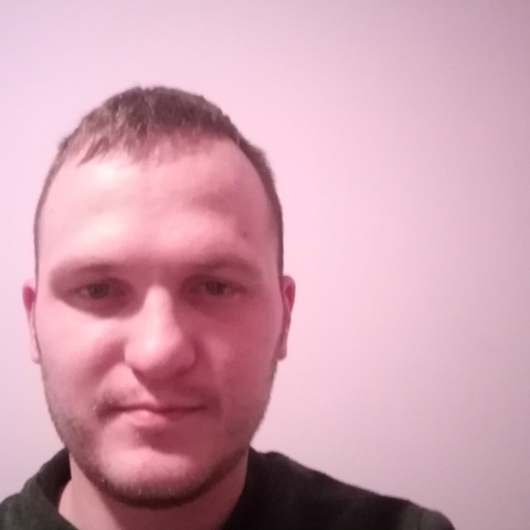 Zsolt, 31 éves társkereső férfi - Ilk