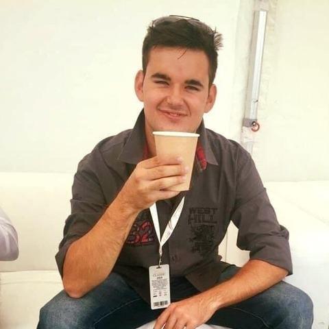 Dávid, 24 éves társkereső férfi - Berkenye