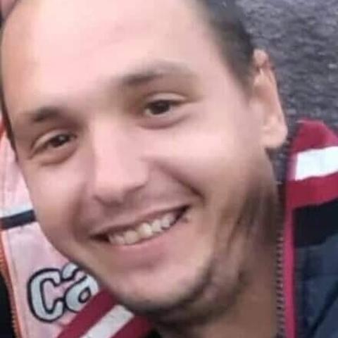Zoltán, 34 éves társkereső férfi - Tác