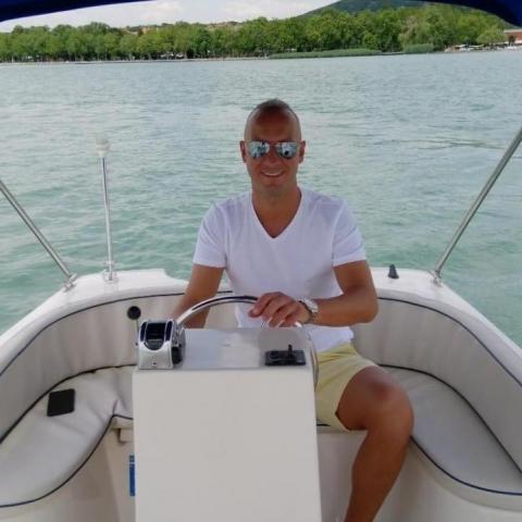 Viktor, 35 éves társkereső férfi - Budapest