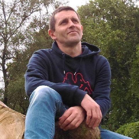 Zsolt, 45 éves társkereső férfi - Newtownabbey