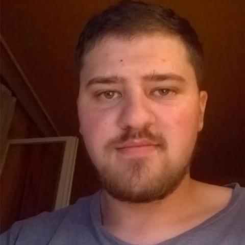 Péter, 25 éves társkereső férfi - Rétság
