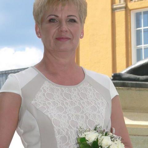 Beáta, 55 éves társkereső nő - Debrecen