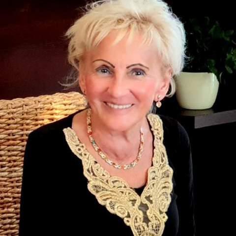 Maria , 74 éves társkereső nő -